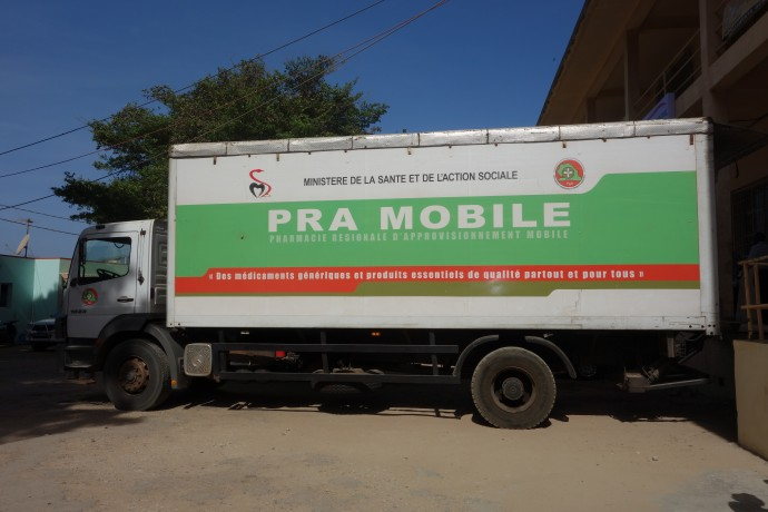 Photo: PATH/Dawn Seymour. Pharmacie Régionale Mobile (PRA mobile), a mobile pharmacy at the regional level in Dakar, Senegal.